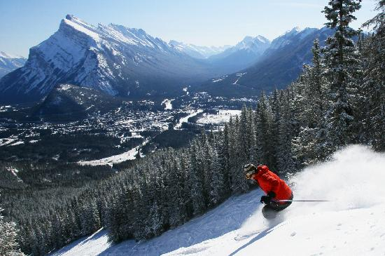 Lake Louise, Canada: Skiing at Mt. Norquay
