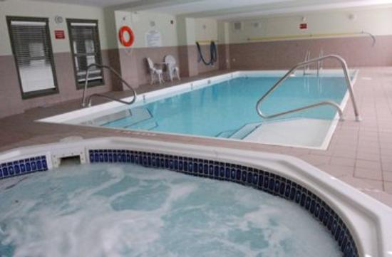 Nova Lodge Hinton: Pool