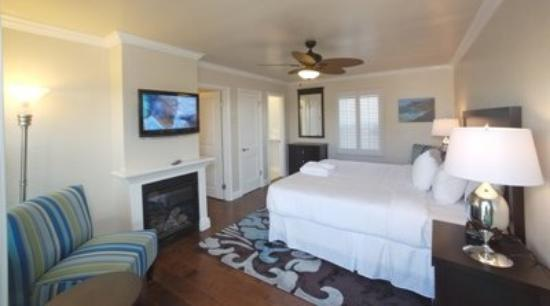 Beach Bungalow Inn and Suites: Adj Deluxekingqueen