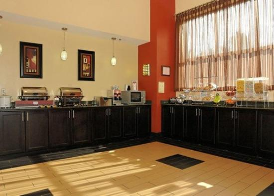 Comfort Suites Kingsport: Breakfast Area
