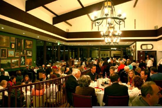 Highland Springs Resort and Conference Center: Grand Oak Steakhouse