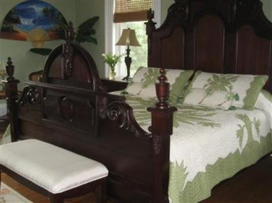 Kenton, OH: Guest Room