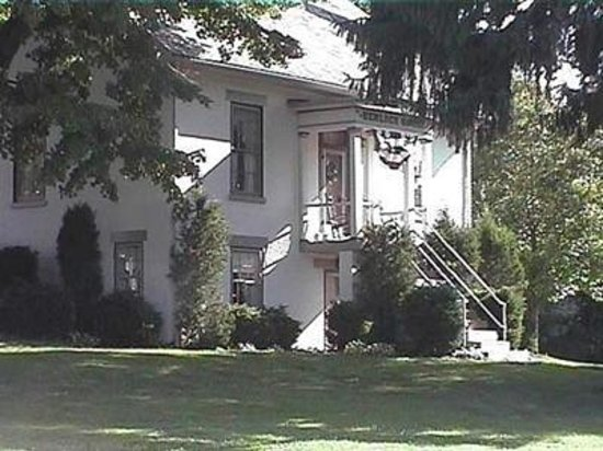 Photo of The Pines of Dresden Bed and Breakfast
