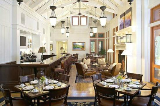 Inn at Palmetto Bluff, An Auberge Resort: May River Grill