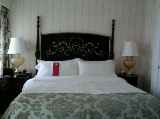 The Fairfax at Embassy Row, a Starwood Luxury Collection Hotel: bedroom