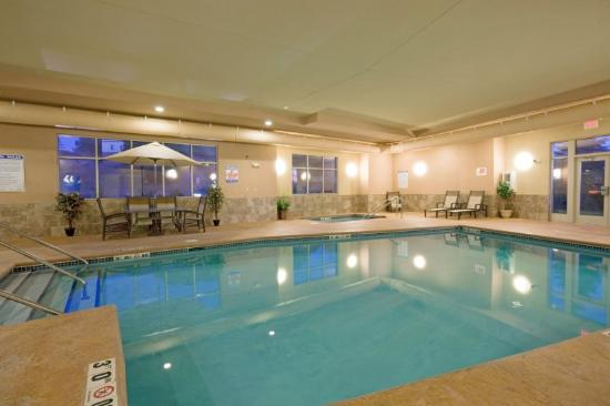 Holiday Inn Express Hotel & Suites Winona: Swimming Pool