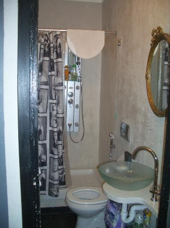 B&amp;B Casa Cavour: Bathroom
