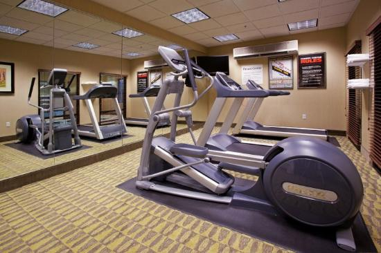 Holiday Inn Express Hotel & Suites Logan: Fitness Center