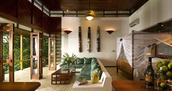 Makanda by the Sea: Luxurious Villa at Hotel Makanda