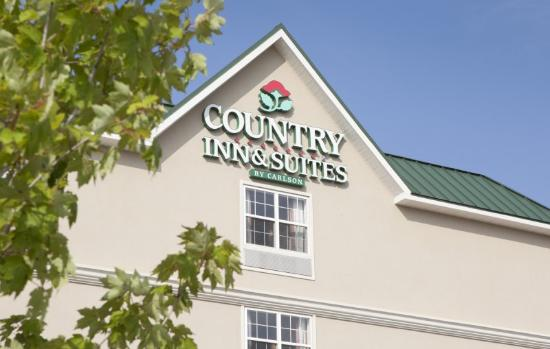 Country Inn & Suites Baltimore North: Exterior