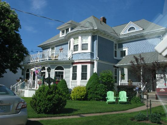Summerside, Canada: Front view of the Island Home B&B