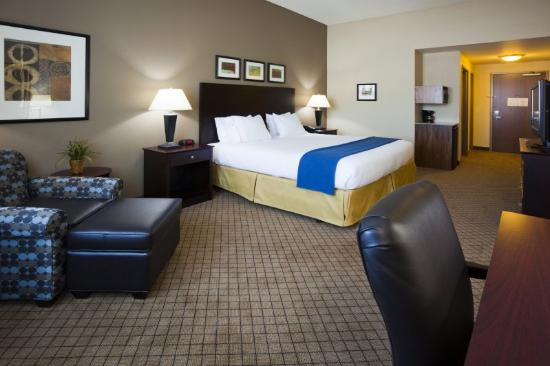 Holiday Inn Express Hotel & Suites Mankato East: Take a load off in our King Bed Guest Room.