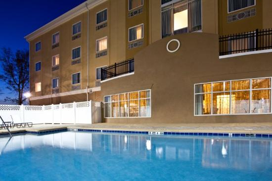 Holiday Inn Express Hotel & Suites Palatka Northwest: Swimming Pool