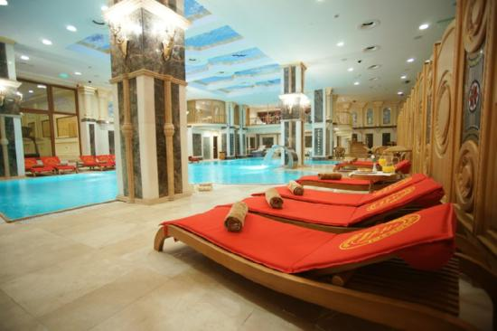 Celal Aga Konagi Hotel: Spa with swimming pool