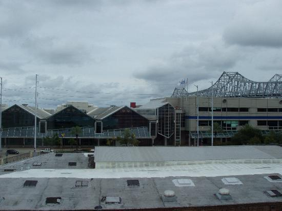 Hilton Garden Inn New Orleans Convention Center: View of convention center from room