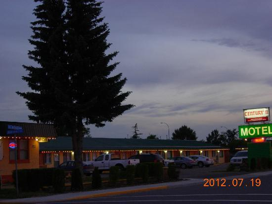 Century II Motel