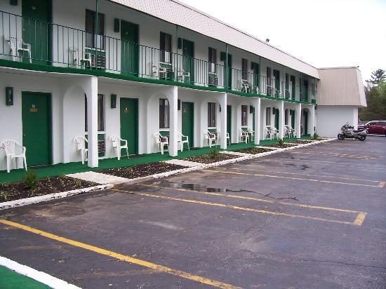 Granada Inn Motel: View from the entrance