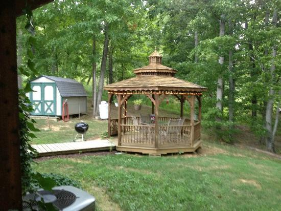 Derby indiana cabins forgotten times cabins derby indiana for Marvin scenic doors cost