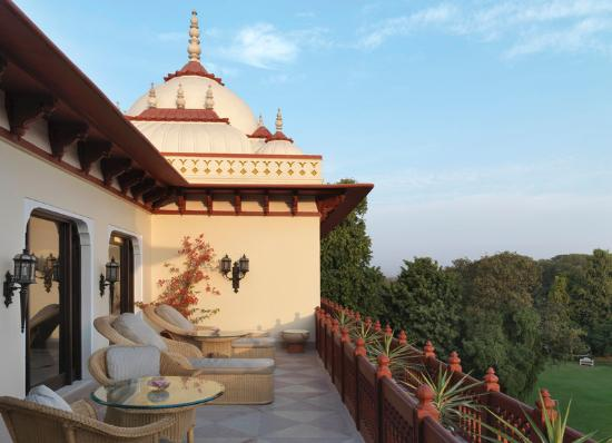 Taj Rambagh Palace: Sukh Niwas Balcony Sitout