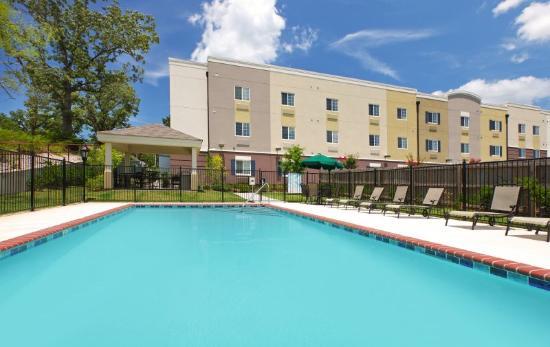 Candlewood Suites Hot Springs : Swimming Pool