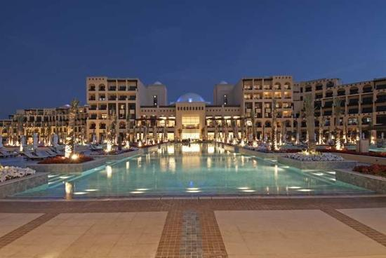 Hilton Ras Al Khaimah Resort &amp; Spa : Exterior 