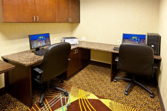 Holiday Inn Express Hotel & Suites Richwood-Cincinnati South: Business Center