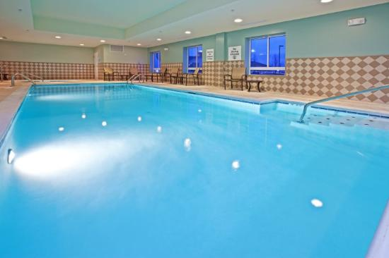 Holiday Inn Express Hotel & Suites Richwood-Cincinnati South: Swimming Pool