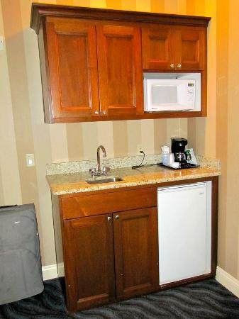 Holiday Inn Express Santa Cruz: Mini kitchen