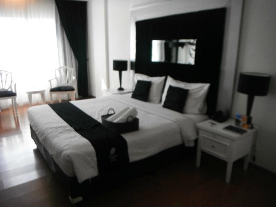 J Boutique Hotel: deluxe room