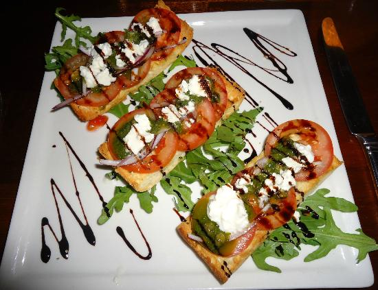 Kewarra Beach Resort & Spa: Delicious bruschetta.
