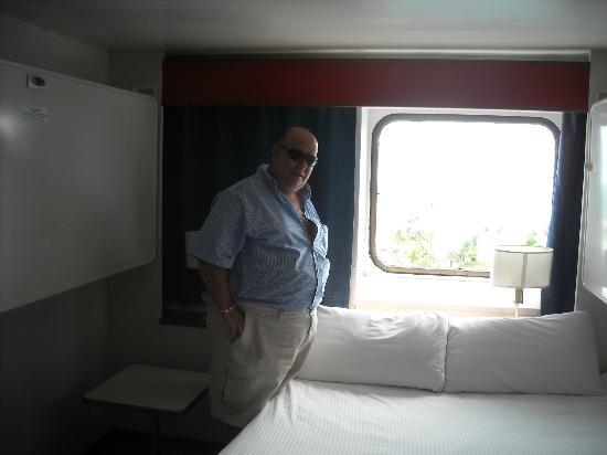 Ramada Plaza Fort Lauderdale: upgrate room in the boat, it is not a criuse, it is a ferry.
