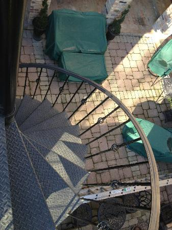 Villa D'Citta: spiral staircase from courtyard to roof top hot tup