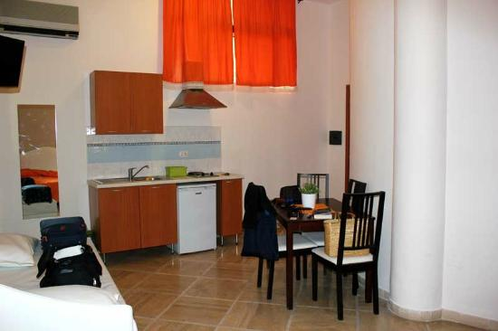 Sorrento Town Suites: Cucina