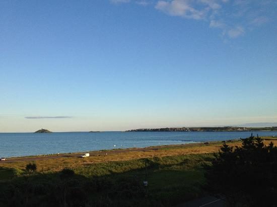 Garryvoe Hotel: View from the room ....... says it all really.