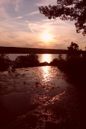 Finger Lakes Waterfall Resort: View from Hector Falls at sunset