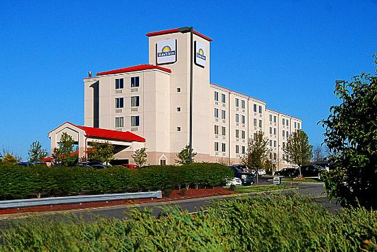 Photo of Days Inn Pittsburgh International Airport Coraopolis