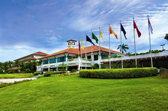 Orchid Country Club: Golf Clubhouse