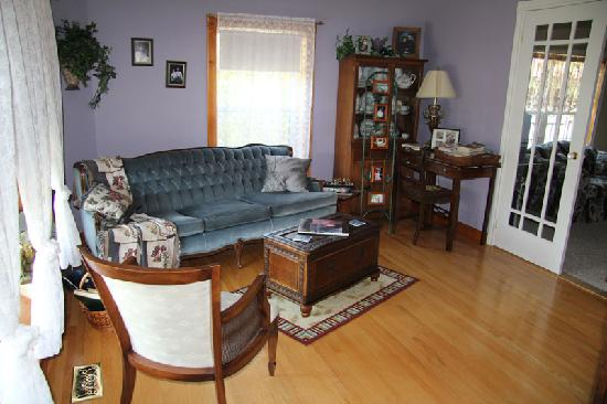 45th Parallel Bed and Breakfast