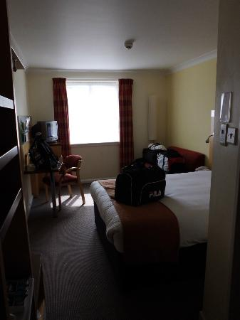 Holiday Inn Express Edinburgh - Waterfront: Our room