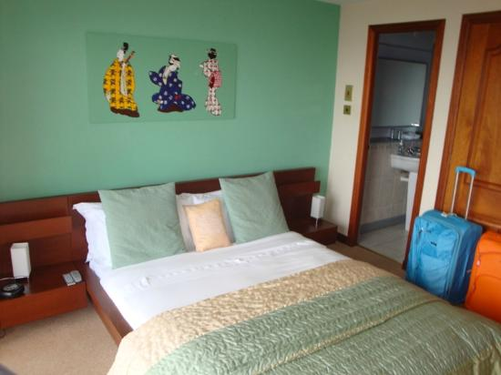 BayView Bed & Breakfast: Double room - ground floor