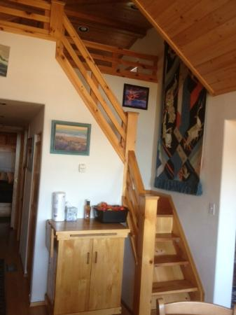 Whaleshead Beach Resort: narrow, steep stairs for older adults
