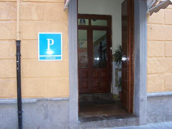 Pension Matilde: ENTRADA