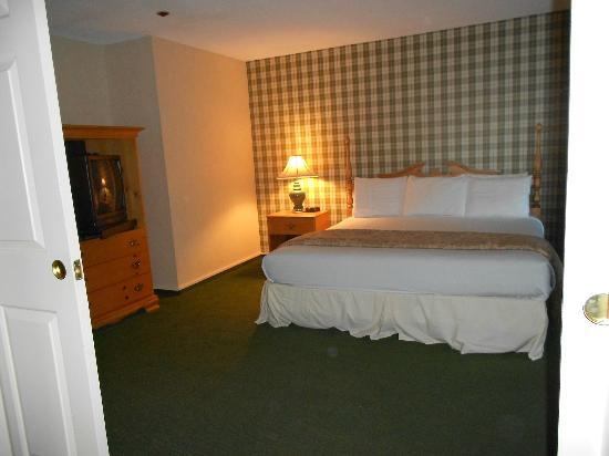 Green Granite Inn & Conference Center: Bedroom