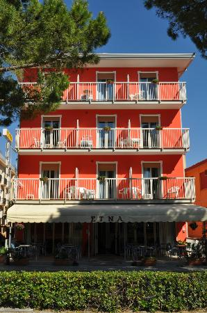 Hotel Etna