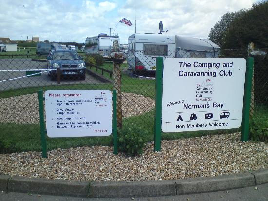 Norman's Bay Camping And Caravanning Club: Vu de l'exterieur