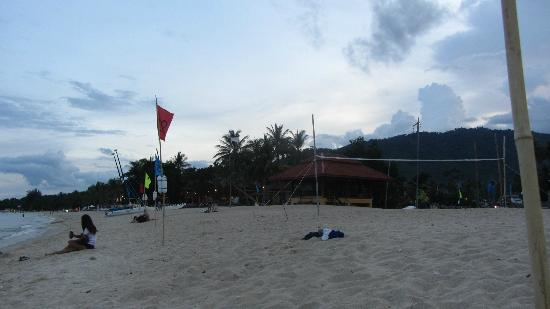 Zara Beach Resort: Beach