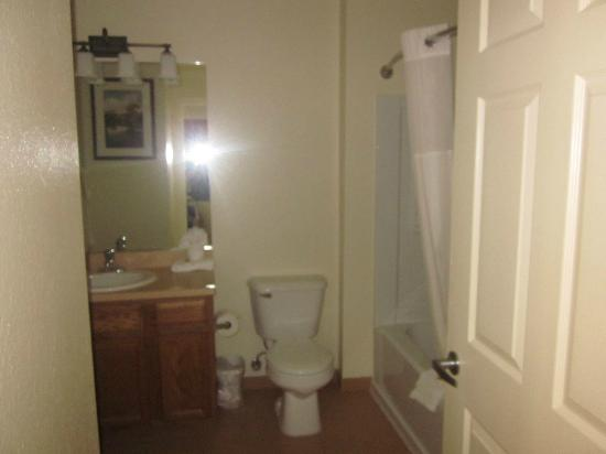 Resort at the Lake of the Ozarks: Bathroom in 1 BR condo