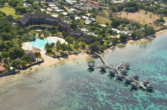 aerial view of le meridien tahiti from the helicopter picture of le meridien tahiti papeete