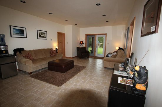 Canyon Ridge Lodge: Common living area