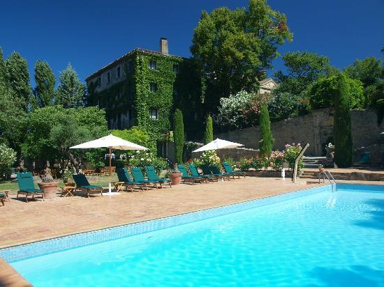 Le Domaine d&#39;Auriac: Pool